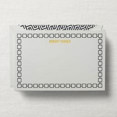 The perfect frame compliments its contents, which is why we're confident this monogrammed notecard will do so for all of your correspondence. Pair it with a bold, geometric envelope liner for added gravitas.