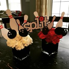 Flowers and awesome paper goods combine for this great bowling party centerpiece. @younameitevents