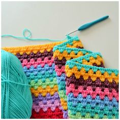 A blog with many tutorials of crochet with t-shirt yarn, crocheted garlands, crocheted blankets, crafts and many interesting things!