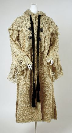 Evening coat Date: 1902–3 Culture: American Medium: cotton, silk Accession Number: 1981.171