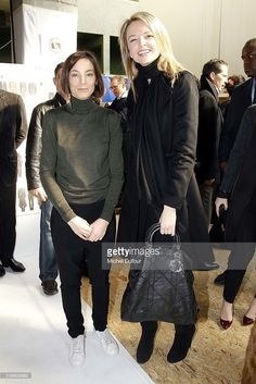 phoebe-philo-and-delphine-arnault-attend-the-celine-ready-to-wear-picture-id109808692 (683×1024)