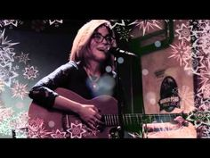 MERRY CHRISTMAS, HAPPY NEW YEAR AND LOADS OF GOOD CHEERS! LUV U ALL LISA!  Acoustic/accapella version of Ice Capped World concert live at The Railway Club, Vancouver Dec. 8th. Debut album La ...