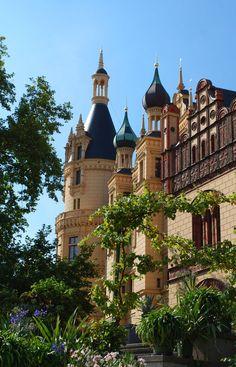 Schwerin Castle by Stephanie Vorwerk