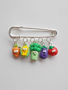 Gift for Vegans - Vegan Enamel Pin - Veggies Gift - Broccoli Gift - Eat Your Veggies - Gift for Vegans - Go Vegan - Funny Pins Polymer Clay Animals, Polymer Clay Canes, Cute Polymer Clay, Cute Clay, Polymer Clay Miniatures, Fimo Clay, Polymer Clay Jewelry, Clay Projects, Clay Crafts