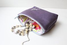 i want to spend a day sewing pretty zippy pouches