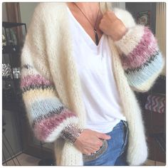 Cardigan Casual, Casual Sweaters, Knit Cardigan, Mohair Sweater, Sweater Coats, Rainbow Cardigan, Mode Ootd, Modelista, Knitting Projects