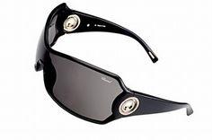 """All in Black - Sonnenbrillen: Brillenmode 2006 - Wer's lieber cool mag kommt diesen Sommer auch nicht zu kurz: Dieses Modell im berühmten """"Happy Spirit""""-Stil wird nicht nur die Fashion Victims betören... Sonnenbrille, Modell 536S – Chopard: ca..."""