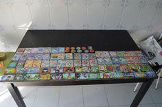 Topps-Pokemon collectible Cards-Engels 2000 en 114 Pokemon-inbare kaarten waaronder holografische  71 Topps kaarten en 10 verschillende Pokemon Flippo waaronder 2 zeer zeer zeldzame gouden Flippo met Pikachu en Togepi3 cads TV animaties serie Topps 1e editie:#34Nidoking#39Jigglypuff#74Geodude1 transparante kaart Topps PC2:#01Bulbasaurzeldzame Pokemon kaart 1 fase 2 EV11 Topps:#17Pidgeotto1 index kaart Pokemon serie 2 Topps: uit # 77 naar Controlelijst kaart3 Pokemon trainers kaarten:Hv1 (Ash…