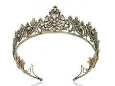 A George III diamond tiara from 1790.