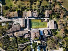 Bagno Vignoni near Pienza (SI). Aerial photo by Max Morriconi.