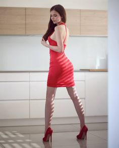 """ Adriana Majewska "" I ❤️ her tight mini dress and high heels, she has sexy legs and hips💋💋💋💋💋 Beautiful Legs, Gorgeous Women, Women Legs, Sexy Women, High Heel Models, Channel, Elegant Woman, Sexy Legs, Sexy Dresses"