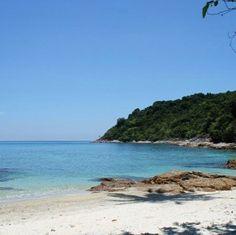 Delirios de teletransportacion #LaCalor  #IslasPerhenthian #Malasia #seasia #travelgram #fotodeldia #picoftheday #backpacker #mochilero #AmoViajar #backpacking by con_los_pies_por_la_tierra