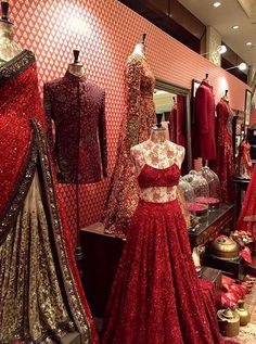 Sabya at Vogue Wedding Show. New Delhi Indian Wedding Outfits, Pakistani Outfits, Bridal Outfits, Indian Outfits, Bridal Dresses, Pakistani Bridal, Bridal Lehenga, Indian Bridal, Lehenga Choli