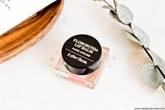 & Other Stories - collection de cosmétiques naturels Atelier Paris.  Sur mon blog beauté, Needs and Moods, découvrez mes impressions sur cette nouvelle gamme made in France: http://www.needsandmoods.com/and-other-stories-atelier-paris/  #&OtherStories #OtherStories #AndOtherStories #Beauté #cosmetique #cosmetics #beauty #MadeInFrance #soin #soins #routine #skincare #Blog #BlogBeaute #BlogBeauté #BeautyBlog #BeautyBlogger #BBlog #BBlogger #FrenchBlogger #Blogueuse @andotherstories