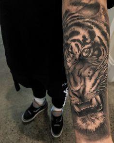 Tiger tattoo by Kevin Chen. Done at Chronic Ink Tattoos - Toronto, Canada. Tattoo Toronto, Realism Tattoo, Tiger Tattoo, Custom Tattoo, Animal Tattoos, Tattoo Photos, Tattoo Inspiration, Tattoo Designs, Tattoo Ideas