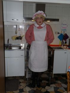 Staff Uniforms, Maids, Aprons, Transgender, Cleaning, Guys, Cooking, House, Fashion