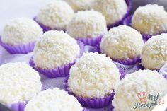 Rafaelo so salkom recept - Varenie. Krispie Treats, Rice Krispies, Mini Cupcakes, Muffin, Food Porn, Cooking Recipes, Breakfast, Desserts, Truffles