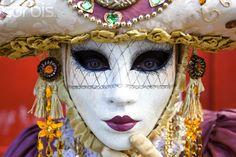 carnaval de Venise, costume traditionel  source : corbis image