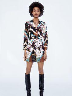 Black Female Model, Female Models, Italy Outfits, W Dresses, Zara, Vestidos Vintage, Quites, Luxury Branding, Kimono Top