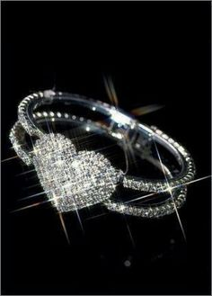 Diamond heart ring with double band. Heart Jewelry, Jewelry Rings, Jewelry Watches, Jewelry Accessories, Jewlery, Wire Rings, Diamond Heart, Diamond Rings, Diamond Jewelry