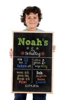 """**Personalisiertes Poster """"1.Schultag"""" zur Einschulung als Kunstdruck in DIN A3** Dieses schöne Poster zur Einschulung ist ein tolles Geschenk zum 1. Schultag des stolzen Schulkindes und hält..."""