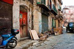 Palermo - Vucciria by Ruggero Poggianella Photostream ©, via Flickr