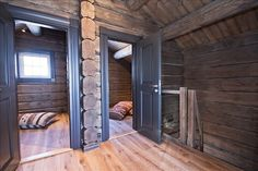 JaMin1 Winter Cabin, Winter House, Rustic Entry, Doors And Floors, Chalet Style, Log Cabin Homes, Cabins And Cottages, Cabins In The Woods, My Dream Home