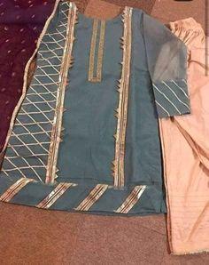 Baby Girl Dress Design, Fancy Dress Design, Stylish Dress Designs, Lace Design, Simple Pakistani Dresses, Pakistani Dress Design, Indian Dresses, Pakistani Fashion Party Wear, Pakistani Outfits