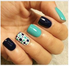 Get inspirations from these cool stylish nail designs for short nails. Find out which nail art designs work on short nails! Get Nails, Fancy Nails, Love Nails, How To Do Nails, Pretty Nails, Shellac Nails, Nail Polish, Gradient Nails, Nagellack Design