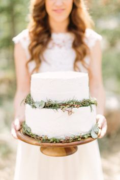 Adorned with leaves: http://www.stylemepretty.com/colorado-weddings/2015/07/06/organic-colorado-mountain-wedding-inspiration/ | Photography: Mustard Seed & Alicia Pyne