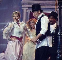 supercalifragilisticexpialidocious... Einen entspannten Montag ihr Lieben... () #helenefischer #helenefischershow2016 #sing #dance #entertain #marypoppins #superkalifragilistikexpialigetisch #tv #aufzeichnung #markkeller #düsseldorf #mein #phänomen #helene #bestdancecrew #awsome #weihnachten #show #musical