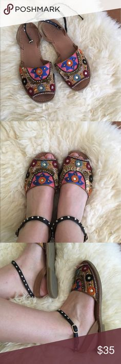 Bohemian sandals These stunning summer sandals are barely worn and from Nasty Gal! Made of leather Nasty Gal Shoes Sandals Bohemian Sandals, Stunning Summer, Summer Sandals, Fashion Design, Fashion Tips, Fashion Trends, Nasty Gal, Vintage Dresses, Shoes Sandals