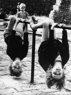 Shirley Baker - Inspiration from Masters of Photography - 121Clicks.com