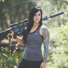 Military Girls Wallpaper - Women in the Military Photo - Girls and Guns - Tactical Girls - Hot Military Babes - Sexy Girls & Guns - Girls With Weapons - Women in Uniform Alex Zedra, Military Girl, Female Soldier, Army Soldier, Warrior Girl, Military Women, Badass Women, Belle Photo, Lady