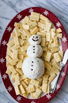 Snowman Ranch Cheese Ball - the perfect winter appetizer! So tasty, and very easy to make! Appetizers For Kids, Cold Appetizers, Christmas Appetizers, Appetizer Recipes, Christmas Recipes, Christmas Cheese, Christmas Apps, Cheese Appetizers, Christmas Snacks