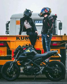 Image may contain: motorcycle and outdoor Mt 09 Yamaha, Yamaha Bikes, Bike Couple, Motorcycle Couple, Biker Love, Biker Girl, Moto Bike, Motorcycle Bike, Biker Photoshoot