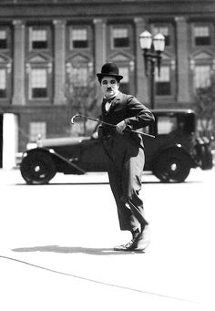Charlie Chaplin in City Lights 1931