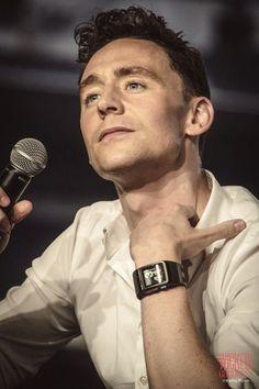 Oh Tom Hiddleston, I love him