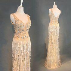 Lyx Champagne Aftonklänningar 2018 Trumpet   Sjöjungfru Beading Tassel  U-Hals Halterneck Ärmlös Långa Formella Klänningar c21fc20c3a835