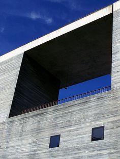 Thermal Baths Vals (1996)    Architect: Peter Zumthor  Location: Vals / Graubünden, Switzerland