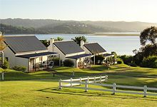 Belvidere Manor Luxury Hotel Accommodation in Knysna is South Africa's most romantic,relaxed getaway on the famous Garden Route. Famous Gardens, Knysna, Port Elizabeth, Adventure Activities, Throughout The World, South Africa, To Go, Mansions, House Styles