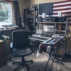 Studio by @jonasqphoto ✨ DM us your studio photos to get featured on the page ✅