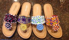 Game day sandals ! Show your spirit and your style in these made to order sandals. Any team and size available !