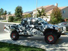 Camo Paint, How To Paint Camo, Truck Paint, Camo Truck Accessories, Nissan Navara D40, Cool Trucks, Camouflage, Super Cars, Monster Trucks