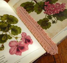 Crochet lace bookmark