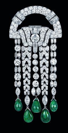 ART DECO Emerald and Diamond, 1928