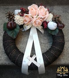 Funeral Flowers, 4th Of July Wreath, Burlap Wreath, Christmas Wreaths, Holiday Decor, Celebration, Home Decor, Memorial Services, Decoration Home