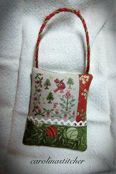 Photo on Carolina Stitcher..... Blackbird designs 2012 ornament issue