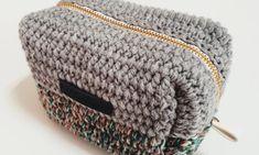 [공유] 코바늘 뜨기로 통통한 사각 파우치 만들기 : 네이버 블로그 Crochet Projects, Diy And Crafts, Beanie, My Favorite Things, Sewing, Knitting, Hats, Hobby, Tejidos