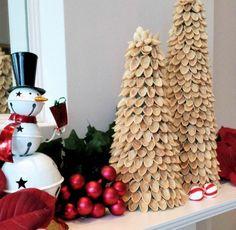 DIY rustic Christmas trees using pistachio shells. Beaded Christmas Decorations, Diy Christmas Tree, Rustic Christmas, Christmas Projects, All Things Christmas, Christmas Holidays, Holiday Decor, Pista Shell Crafts, Eggshell Mosaic
